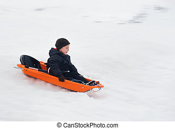 男の子, 乗車, 冬, そりで滑べりなさい
