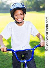 男の子, 乗馬の自転車, アフリカ