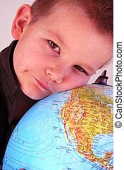 男の子, 地球
