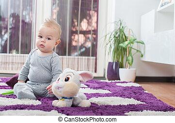 男の子, 彼の, 床, toy., モデル, 赤ん坊, 遊び, 幸せ