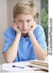 男の子, 戦うこと, 宿題, 肖像画