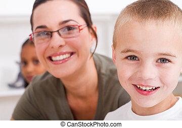 男の子, 教師, 幼稚園