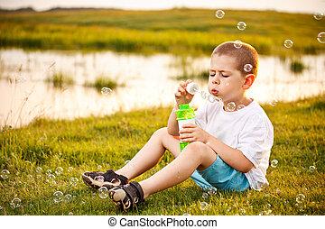 男の子, 泡, 吹く, 公園