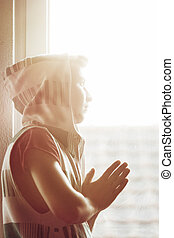 男の子, 祈る, 太陽, 見る, ティーネージャー, hoodie