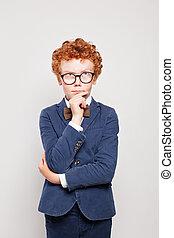 男の子, 考え, スーツ, の上, 見る, 背景, 子供, redhead, 白