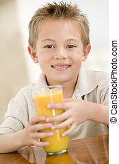 男の子, 若い, ジュース, 屋内, オレンジ, 微笑