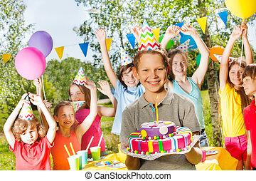 男の子, 若い, birthday, 保有物, ケーキ, パーティー帽子, 幸せ