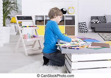 男の子, 集中される, 若い, テーブル, モデル