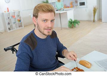 男の子, 食べること, 部屋, 暮らし, 車椅子, 不具