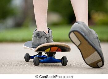 男の子, skateboarding