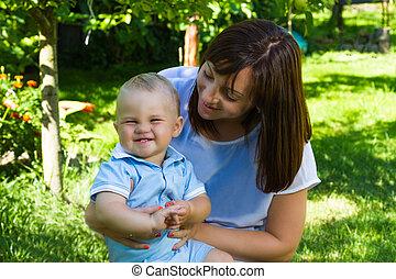 男の赤ん坊, 母, コーカサス人, 魅了