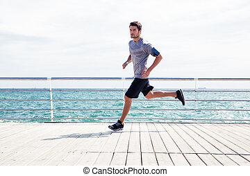 男ラニング, 屋外で, 海, スポーツ