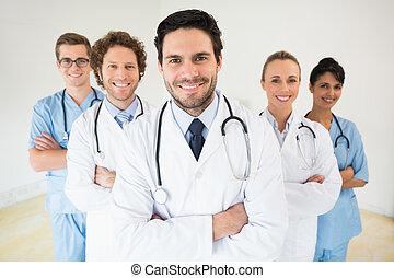 男性的醫生, 由于, 同事, 在, 醫院