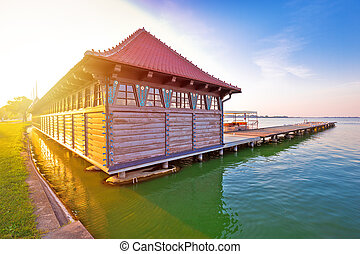 町, subotica, 木製である, 女性, 湖, serbian, palic, 浜, 日の出, 光景