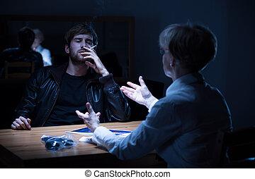 疑われた, 人間がたばこを吸う, タバコ