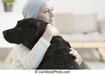 病的婦女, 擁抱, 狗