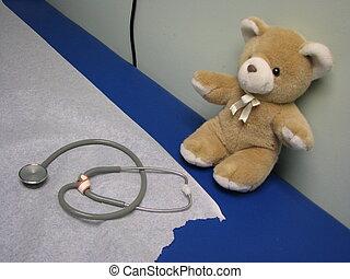 病院, テディ