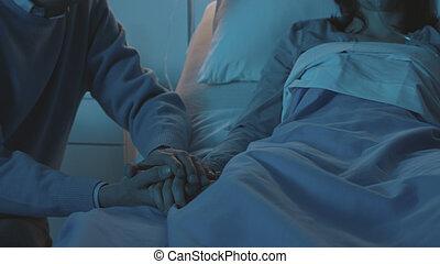 病院, 男の女性, 援助