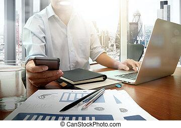 痛みなさい, 仕事, ビジネス, ビジネスマン, 新しい, 現代, 木製である, 電話, コンピュータ, 作戦, 机, 手, 概念