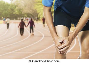 痛み, ランナー, 運動選手, まさしく, 捻挫された, フィート, 感動的である, 足首, マレ