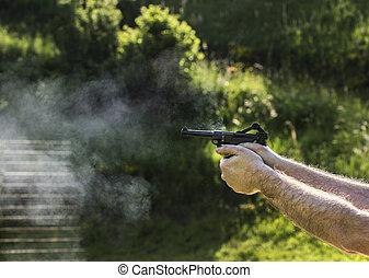 発砲, 銃