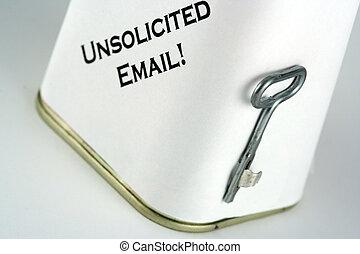 發送同樣的消息到多個新聞組, 電子郵件