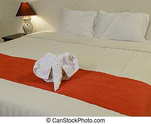 白いタオル, ベッド, 形態, 象