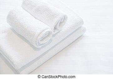 白いタオル, 部屋, ベッド