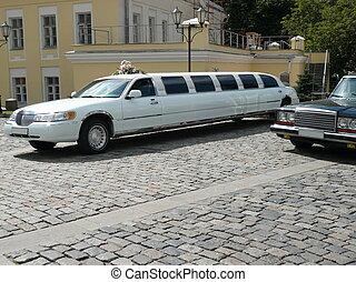 白的婚礼, 轿车