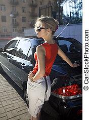 白膚金髮, 婦女, 近, 黑色, 汽車