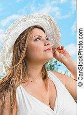 白膚金髮, 帽子, 白色, 女孩