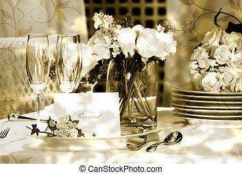 白色, 安置卡片, 在上, 户外, 婚礼, 桌子