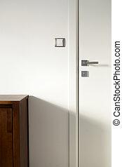 白色, 木制的門, 3