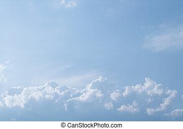 白色, 絨毛狀, 云霧, 在, the, 藍色的天空