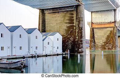 白, ボート, 家, 下に, 大きい, bridge., タコマ, downtown.