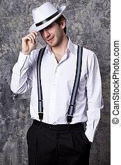 白, 人, 帽子, ワイシャツ, 1(人・つ)