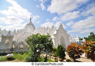 白, 塔, の, hsinbyume, (myatheindan), paya, 寺院, 中に, mandala