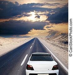 白, 自動車, 上に, 砂漠, 道