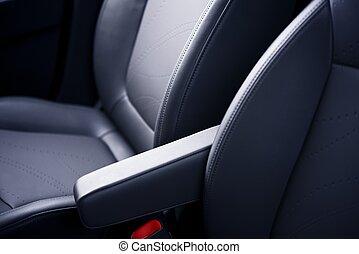 皮革, 汽車座位