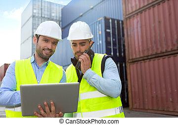 監督人, 片劑, 檢查, 工人, 船塢, 數据, 容器