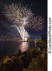 監視, 川, 縦, 人々, 花火, willamette, オレゴン, 銀行, ポートランド, 前方へ, ディスプレイ