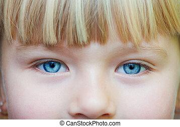 目, 女の子