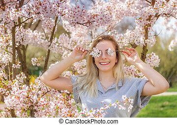 目, 女, カラフルである, 彼女, カバー, 若い, flowers., 新たに