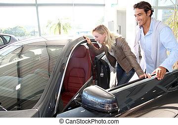 看, 新, 夫婦, 裡面 汽車