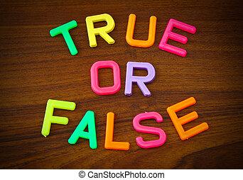 真實, 或者, 錯誤, 在, 鮮艷, 玩具, 信件, 上, 木頭, 背景