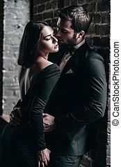真正, 美麗, 兩個都, 牆, 夫婦, 年輕, 針對, 站立, 當時, 在室內, 每一個, 磚, 愛, 其他, 結合,...