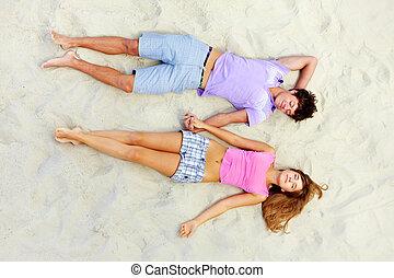 睡眠, 在海灘上