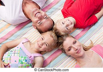 睡眠, 草, とても, 家族, あること