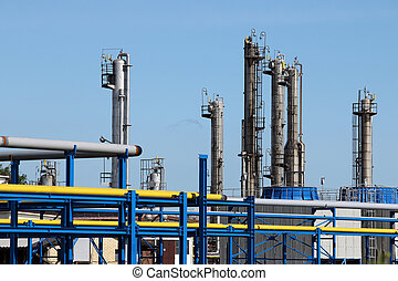 石油産業, 精製所, 石油化学 植物