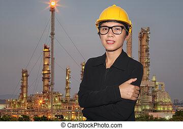 石油精製所, バックグラウンド。, 微笑, 女性, たそがれ, エンジニア